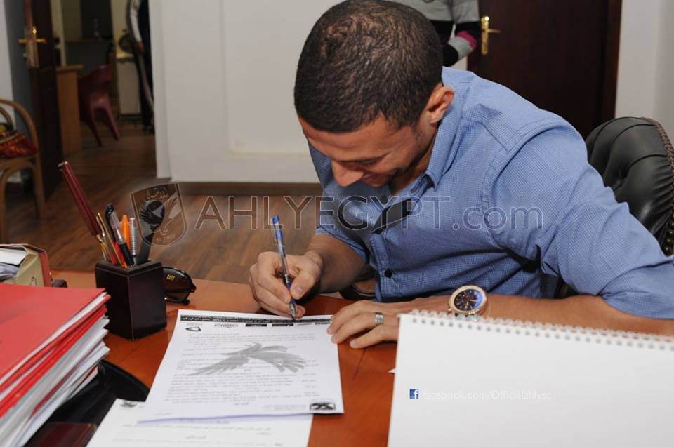Abdel-Zaher signs