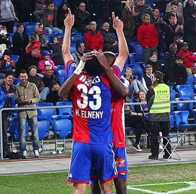 Mohamed Elneny scores