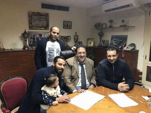 Gennesh renews contract