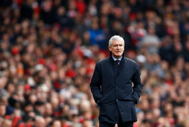 Mohamed Elneny 'clearly' deserved red card, says Mark Hughes