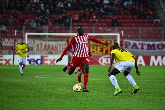 Yaya Touré ends second spell with Olympiakos after three months