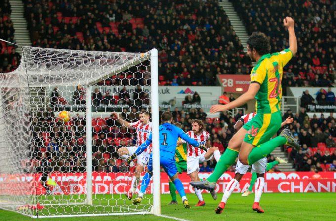 VIDEO: Ahmed Hegazi assists West Brom's winner against Stoke City