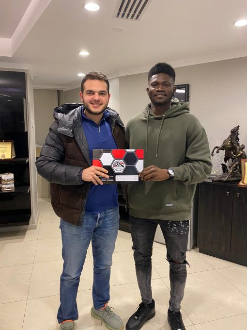 OFFICIAL: Kwame Bonsu signs for Ceramica Cleopatra